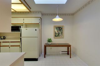"Photo 7: 306 1447 BEST Street: White Rock Condo for sale in ""MONTICELLO PLACE"" (South Surrey White Rock)  : MLS®# R2401122"