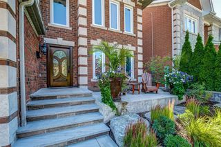 Photo 4: 2874 Termini Terrace in Mississauga: Central Erin Mills House (2-Storey) for sale : MLS®# W4569955