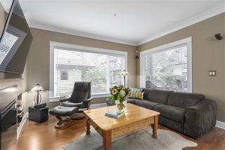 Photo 2: 1163 HAROLD Road in North Vancouver: Lynn Valley House 1/2 Duplex for sale : MLS®# R2419503