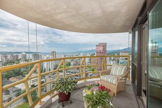 """Photo 15: 2901 1367 ALBERNI Street in Vancouver: West End VW Condo for sale in """"The Lions"""" (Vancouver West)  : MLS®# R2428959"""