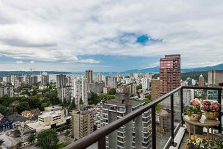 """Photo 2: 2901 1367 ALBERNI Street in Vancouver: West End VW Condo for sale in """"The Lions"""" (Vancouver West)  : MLS®# R2428959"""