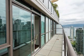 """Photo 17: 2901 1367 ALBERNI Street in Vancouver: West End VW Condo for sale in """"The Lions"""" (Vancouver West)  : MLS®# R2428959"""