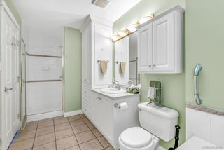 """Photo 14: 64 6885 184 Street in Surrey: Cloverdale BC Townhouse for sale in """"Creekside"""" (Cloverdale)  : MLS®# R2446428"""