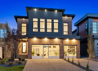 Main Photo: 7829 8a Avenue SW in Calgary: West Springs Detached for sale : MLS®# C4297623