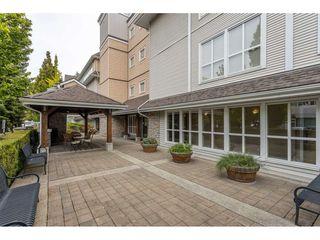 """Photo 37: 102 1685 152A Street in Surrey: King George Corridor Condo for sale in """"Suncliff Place"""" (South Surrey White Rock)  : MLS®# R2483408"""