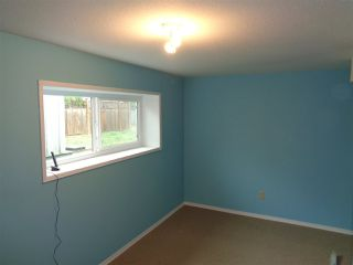 Photo 3: 615 HEMLOCK Avenue in Hope: Hope Center House for sale : MLS®# R2484356