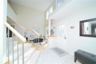 Photo 3: 1101 Colby Avenue in Winnipeg: Fairfield Park Residential for sale (1S)  : MLS®# 202025059