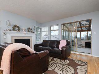 Photo 2: 25 909 Admirals Rd in : Es Esquimalt Row/Townhouse for sale (Esquimalt)  : MLS®# 862315