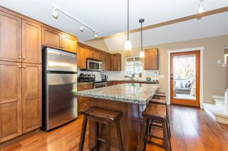 """Photo 10: 1851 CHERRY TREE Lane: Lindell Beach House for sale in """"THE COTTAGES AT CULTUS LAKE"""" (Cultus Lake)  : MLS®# R2528834"""