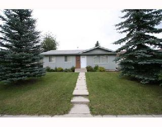 Photo 1:  in CALGARY: Rundle Residential Detached Single Family for sale (Calgary)  : MLS®# C3280892