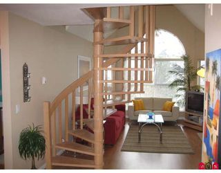 """Photo 4: 314 7171 121ST Street in Surrey: West Newton Condo for sale in """"HIGHLANDS"""" : MLS®# F2804223"""