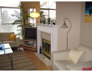 """Photo 3: 314 7171 121ST Street in Surrey: West Newton Condo for sale in """"HIGHLANDS"""" : MLS®# F2804223"""