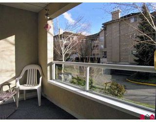"""Photo 10: 6440 197TH Street in Langley: Willoughby Heights Condo for sale in """"The Kingsway"""" : MLS®# F2704560"""