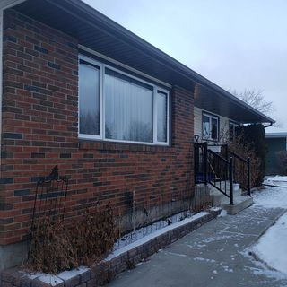 Photo 3: 4214 37 Avenue: Leduc House for sale : MLS®# E4180831