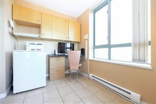 """Photo 12: 1706 6659 SOUTHOAKS Crescent in Burnaby: Highgate Condo for sale in """"GEMINI II"""" (Burnaby South)  : MLS®# R2438167"""
