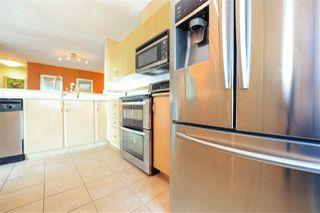 """Photo 7: 1706 6659 SOUTHOAKS Crescent in Burnaby: Highgate Condo for sale in """"GEMINI II"""" (Burnaby South)  : MLS®# R2438167"""