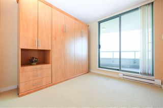 """Photo 14: 1706 6659 SOUTHOAKS Crescent in Burnaby: Highgate Condo for sale in """"GEMINI II"""" (Burnaby South)  : MLS®# R2438167"""