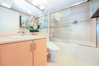 """Photo 15: 1706 6659 SOUTHOAKS Crescent in Burnaby: Highgate Condo for sale in """"GEMINI II"""" (Burnaby South)  : MLS®# R2438167"""