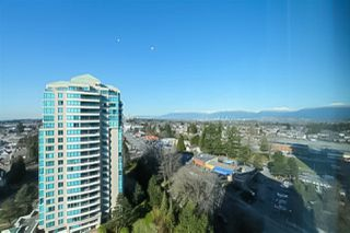 """Photo 18: 1706 6659 SOUTHOAKS Crescent in Burnaby: Highgate Condo for sale in """"GEMINI II"""" (Burnaby South)  : MLS®# R2438167"""