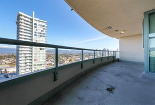 """Photo 16: 1706 6659 SOUTHOAKS Crescent in Burnaby: Highgate Condo for sale in """"GEMINI II"""" (Burnaby South)  : MLS®# R2438167"""