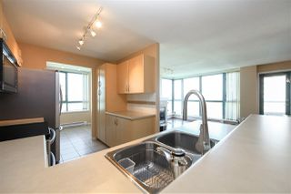 """Photo 6: 1706 6659 SOUTHOAKS Crescent in Burnaby: Highgate Condo for sale in """"GEMINI II"""" (Burnaby South)  : MLS®# R2438167"""
