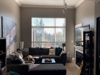 "Photo 2: 405 2515 PARK Drive in Abbotsford: Abbotsford East Condo for sale in ""VIVA ON PARK"" : MLS®# R2463743"