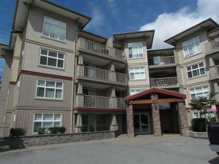 "Photo 1: 405 2515 PARK Drive in Abbotsford: Abbotsford East Condo for sale in ""VIVA ON PARK"" : MLS®# R2463743"