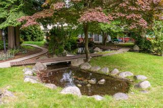 """Photo 35: 822 WESTVIEW Crescent in North Vancouver: Upper Lonsdale Condo for sale in """"CYPRESS GARDENS"""" : MLS®# R2474206"""
