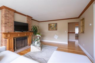 """Photo 8: 822 WESTVIEW Crescent in North Vancouver: Upper Lonsdale Condo for sale in """"CYPRESS GARDENS"""" : MLS®# R2474206"""