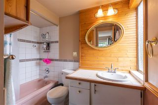 """Photo 22: 822 WESTVIEW Crescent in North Vancouver: Upper Lonsdale Condo for sale in """"CYPRESS GARDENS"""" : MLS®# R2474206"""