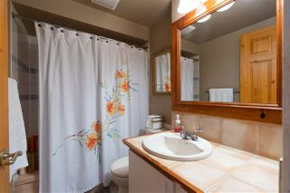 """Photo 21: 822 WESTVIEW Crescent in North Vancouver: Upper Lonsdale Condo for sale in """"CYPRESS GARDENS"""" : MLS®# R2474206"""