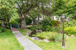 """Photo 30: 822 WESTVIEW Crescent in North Vancouver: Upper Lonsdale Condo for sale in """"CYPRESS GARDENS"""" : MLS®# R2474206"""