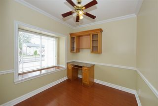 Photo 4: 8862 139 Street in Surrey: Bear Creek Green Timbers House for sale : MLS®# R2493060