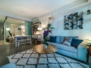"Photo 12: 222 256 E 2ND Avenue in Vancouver: Mount Pleasant VE Condo for sale in ""Jacobsen"" (Vancouver East)  : MLS®# R2495462"