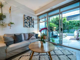 "Photo 7: 222 256 E 2ND Avenue in Vancouver: Mount Pleasant VE Condo for sale in ""Jacobsen"" (Vancouver East)  : MLS®# R2495462"