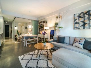"Photo 10: 222 256 E 2ND Avenue in Vancouver: Mount Pleasant VE Condo for sale in ""Jacobsen"" (Vancouver East)  : MLS®# R2495462"