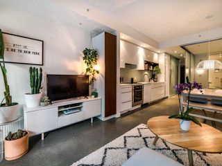 "Photo 14: 222 256 E 2ND Avenue in Vancouver: Mount Pleasant VE Condo for sale in ""Jacobsen"" (Vancouver East)  : MLS®# R2495462"