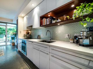 "Photo 22: 222 256 E 2ND Avenue in Vancouver: Mount Pleasant VE Condo for sale in ""Jacobsen"" (Vancouver East)  : MLS®# R2495462"