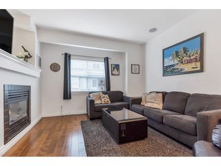"""Photo 3: 10 1055 RIVERWOOD Gate in Port Coquitlam: Riverwood Townhouse for sale in """"MOUNTAIN VIEW ESTATES"""" : MLS®# R2506035"""