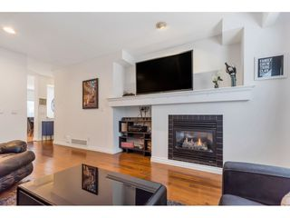 """Photo 5: 10 1055 RIVERWOOD Gate in Port Coquitlam: Riverwood Townhouse for sale in """"MOUNTAIN VIEW ESTATES"""" : MLS®# R2506035"""