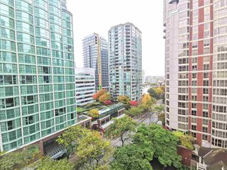 Photo 13: 905 819 HAMILTON Street in Vancouver: Downtown VW Condo for sale (Vancouver West)  : MLS®# R2509876