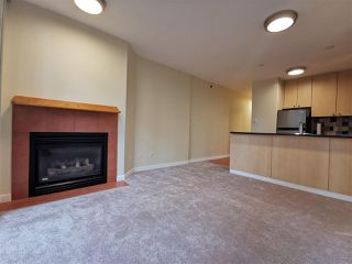 Photo 4: 905 819 HAMILTON Street in Vancouver: Downtown VW Condo for sale (Vancouver West)  : MLS®# R2509876
