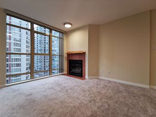 Photo 5: 905 819 HAMILTON Street in Vancouver: Downtown VW Condo for sale (Vancouver West)  : MLS®# R2509876
