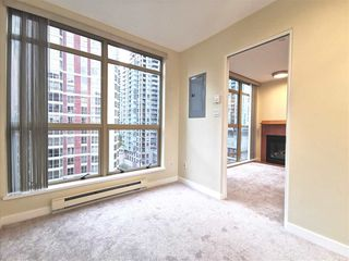 Photo 11: 905 819 HAMILTON Street in Vancouver: Downtown VW Condo for sale (Vancouver West)  : MLS®# R2509876