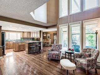 Photo 10: 80 Wood Willow Close SW in Calgary: Woodlands Detached for sale : MLS®# A1048370