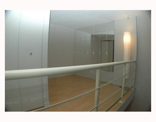 """Photo 6: 713 933 SEYMOUR Street in Vancouver: Downtown VW Condo for sale in """"THE SPOT"""" (Vancouver West)  : MLS®# V794826"""