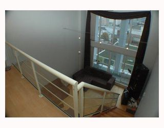 """Photo 7: 713 933 SEYMOUR Street in Vancouver: Downtown VW Condo for sale in """"THE SPOT"""" (Vancouver West)  : MLS®# V794826"""