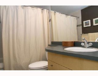 """Photo 7: 305 1008 CAMBIE Street in Vancouver: Downtown VW Condo for sale in """"WATERWORKS"""" (Vancouver West)  : MLS®# V660144"""