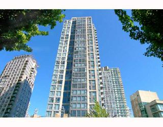 """Photo 10: 305 1008 CAMBIE Street in Vancouver: Downtown VW Condo for sale in """"WATERWORKS"""" (Vancouver West)  : MLS®# V660144"""
