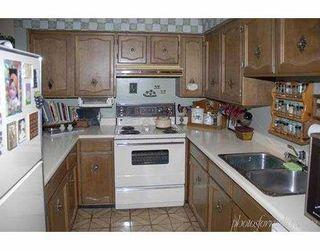 """Photo 10: 7831 NO 1 Road in Richmond: Quilchena RI Condo for sale in """"BEACON COVE"""" : MLS®# V631670"""